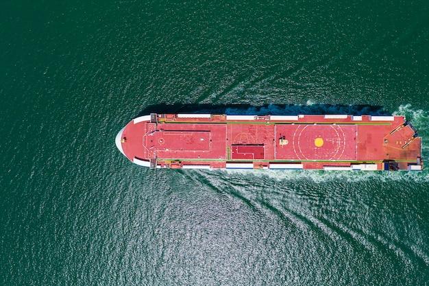 Negocio gran buque de carga logística transporte internacional servicios de exportación e importación por el mar