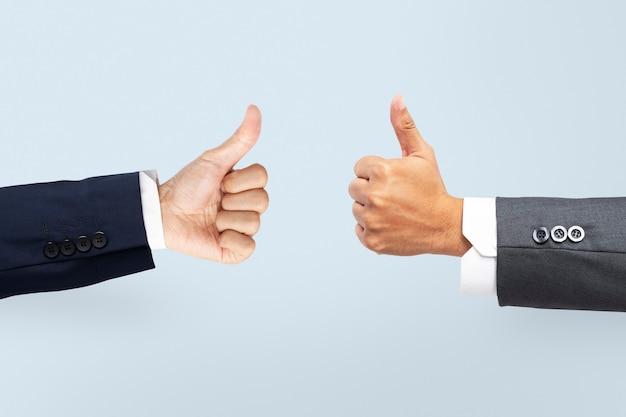 Negocios pulgares arriba gesto con la mano