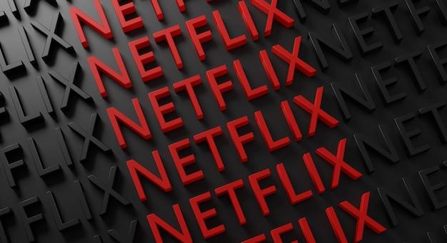 Netflix tipografía múltiple en la pared oscura