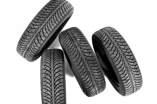 Neumático negro