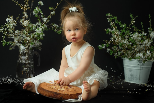 Niña celebra su primer cumpleaños