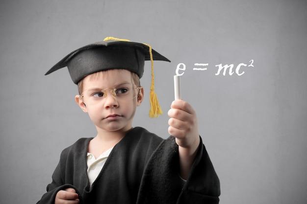 Niño inteligente