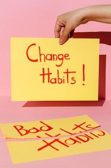 Nota con mensaje de cambio de hábito