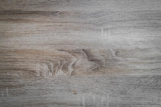Nudo de árbol en una tabla de madera