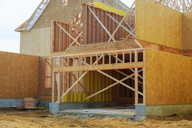 Nueva construcción residencial enmarcado del hogar