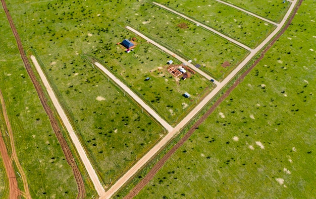 Nuevas parcelas de tierra con costosas en verano eliminadas del helicóptero superior