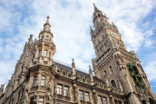 Nuevo ayuntamiento en marienplatz munich