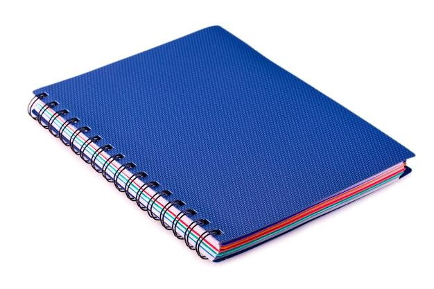 Nuevo cuaderno azul con anillas
