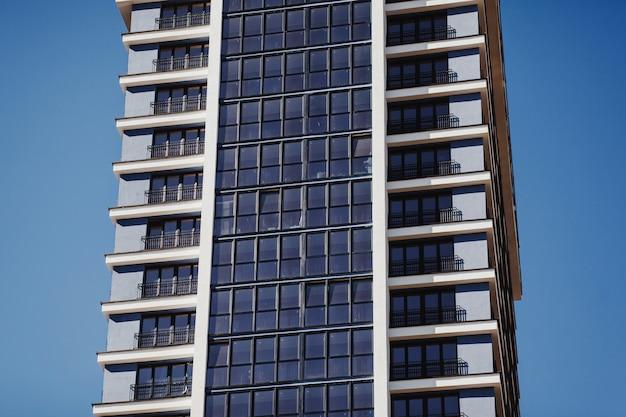 Nuevo edificio de apartamentos