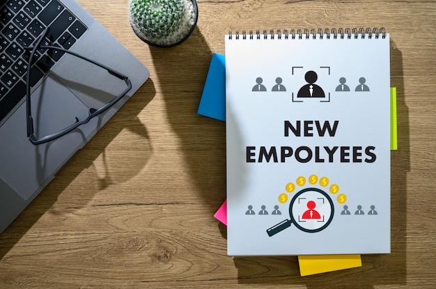 Nuevo empleado bienvenido a bordo de negocio, nuevo trabajo y corporativo.