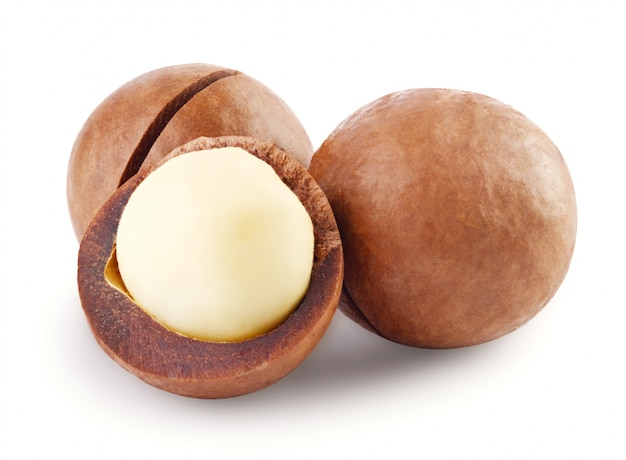 Nuez de macadamia australiana entera y abierta
