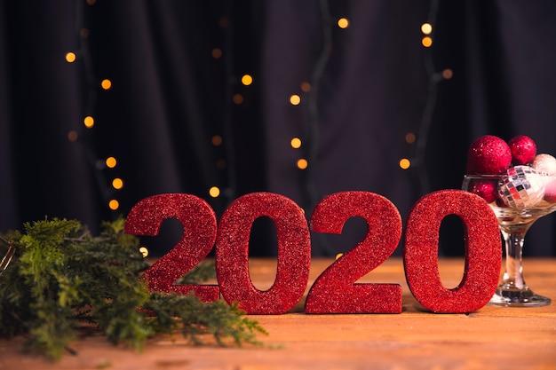 Número de vista frontal con fecha de año nuevo