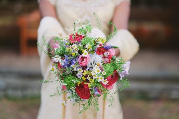 Nupcial con flores