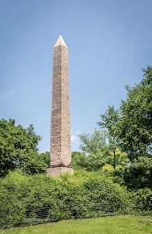 Obelisco de aguja de cleopatra en nueva york