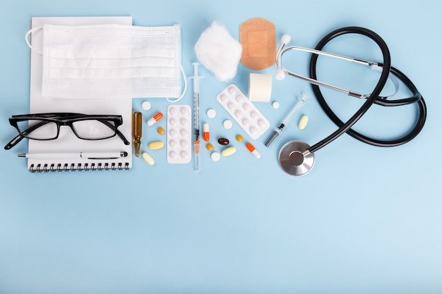 Objetos médicos planos.