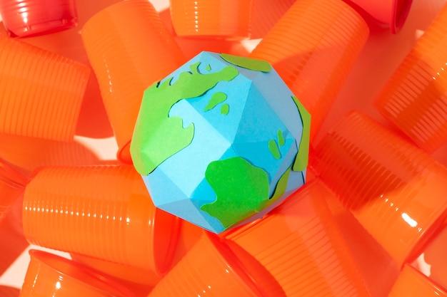 Objetos de plástico no ecológicos Foto Premium