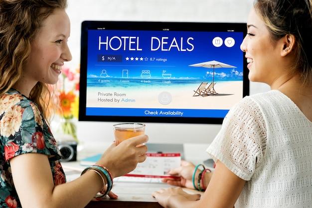 Oferta de hotel alojamiento lodge motel inn concept