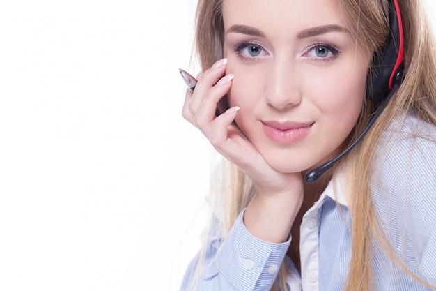 Operador de llamadas posando