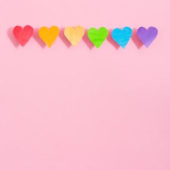 Orgullo día concepto corazones y sombras