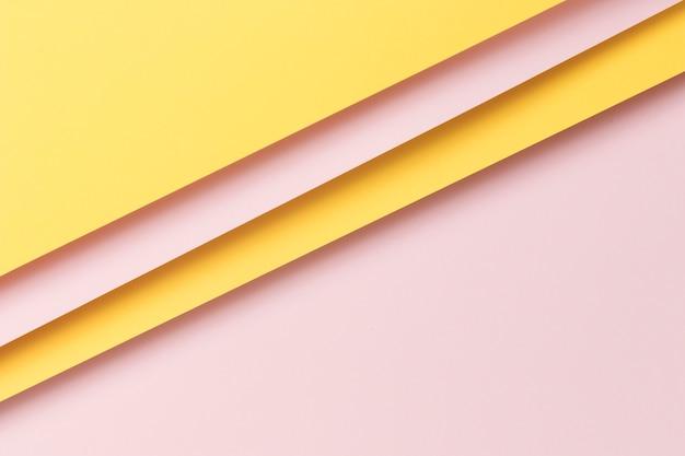 Ornamento de armario de papel colorido con espacio de copia
