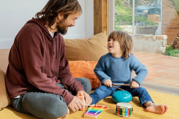 Padre e hijo, juego, juntos