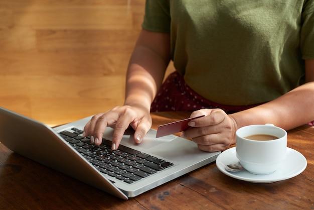 Pagando el pedido en línea