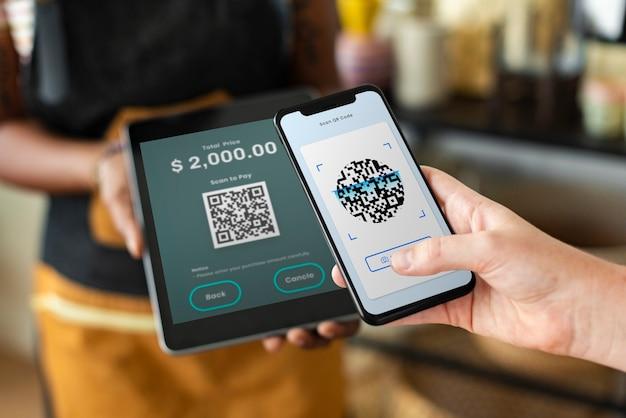 Pago sin efectivo con código qr para pequeñas empresas en la tienda