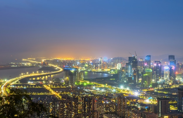 Paisaje de arquitectura urbana moderna en shenzhen, china