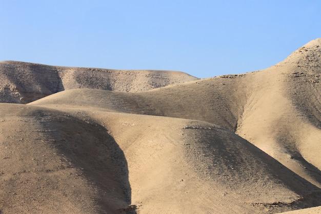 Paisaje del desierto cerca de jerusalén, israel