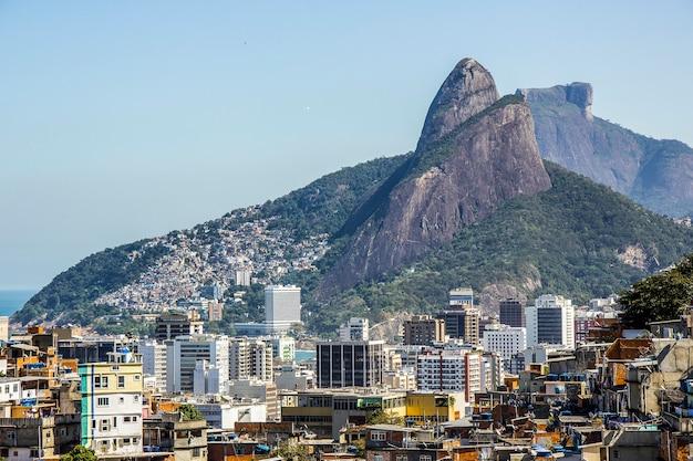 Paisaje de la favela de cantagalo