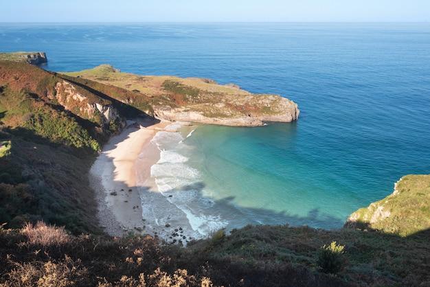 Paisaje litoral asturiano, españa.