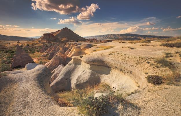 Paisaje de montaña de capadocia, turquía