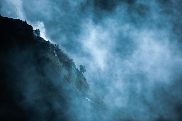 Paisaje. sobre el volcán batur. bali. indonesia