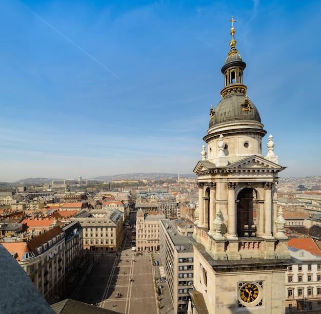 Paisaje urbano de budapest desde la basílica de san esteban