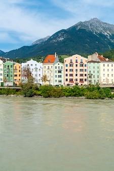 Paisaje urbano de innsbruck, austria.