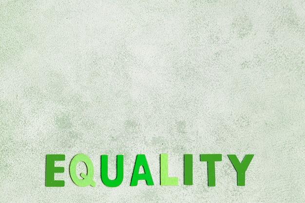 Palabra de igualdad con fondo de espacio de copia