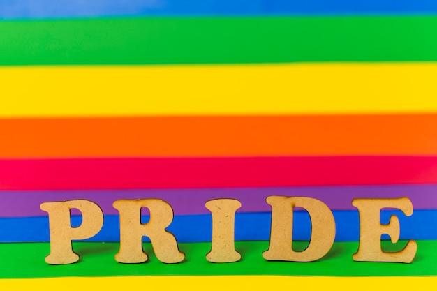 Palabra de orgullo y bandera lgbt