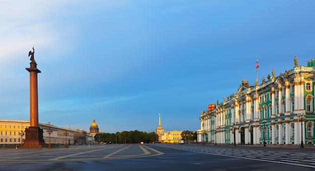 Palace square en san petersburgo