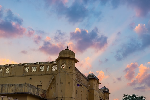 El palacio de la ciudad de jaipur