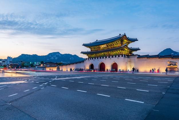 Palacio gyeongbokgung en la ciudad de seúl, corea del sur