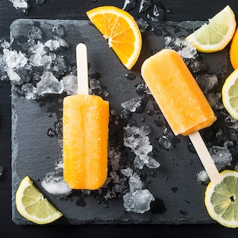 Paletas de naranja caseras