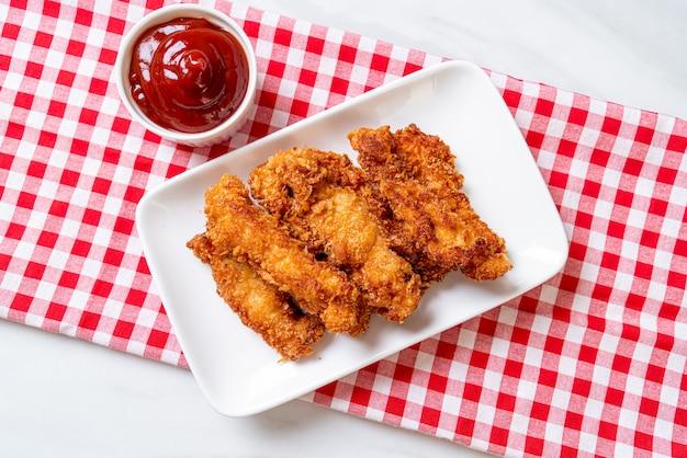 Palito de pollo frito