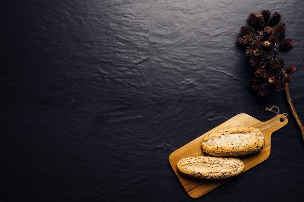 Pan y espacio a la izquierda