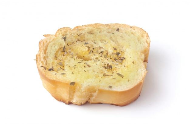 Pan de hierbas tostadas caseras en rodajas aislado