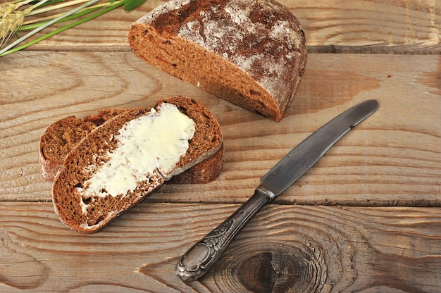 Pan con mantequilla