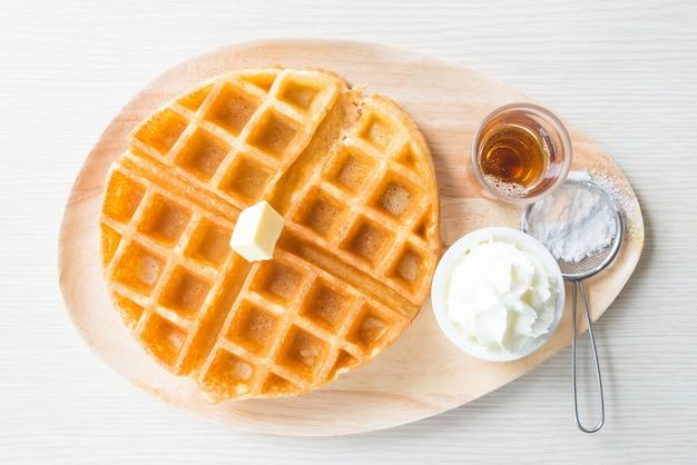 Panadería fresca fondo blanco cuadrado