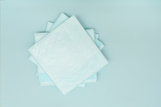 Pañales azules médicos desechables