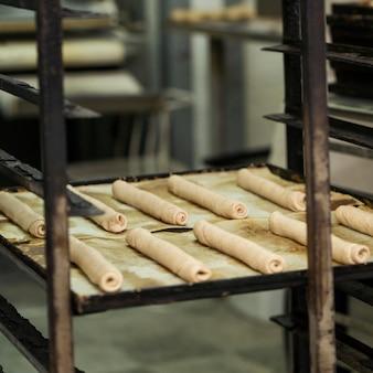 Panes recién hechos para hornear