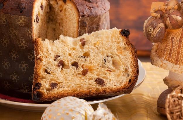Panettone, tradicional pastel de navidad italiano