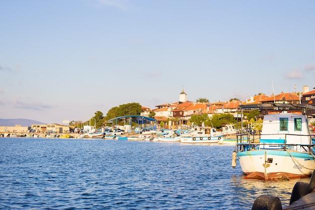 Panorama del casco antiguo de nessebar en bulgaria
